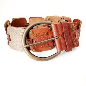 FOSSIL Wide Leather Studded Western Statement Belt